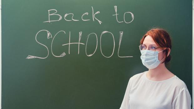 schools covid iStock-1254143602