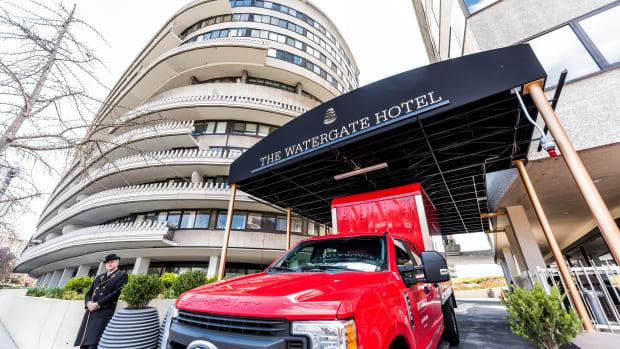 watergate hotel iStock-968446384
