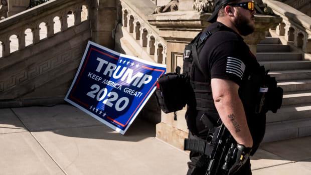 2020_1016-gun-protest-1200x840