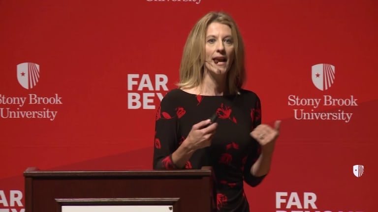 Interview: Economist Stephanie Kelton Clarifies Modern Monetary Theory (MMT)