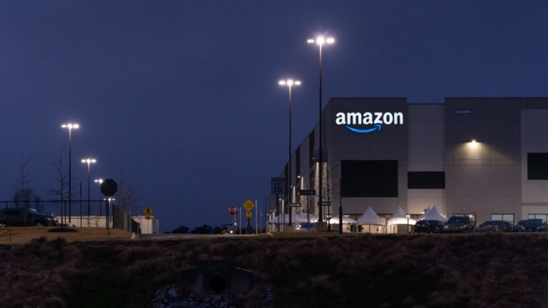 Amazon Hires Off-Duty Cops to Harass Workers, the Press, and Union Supporters
