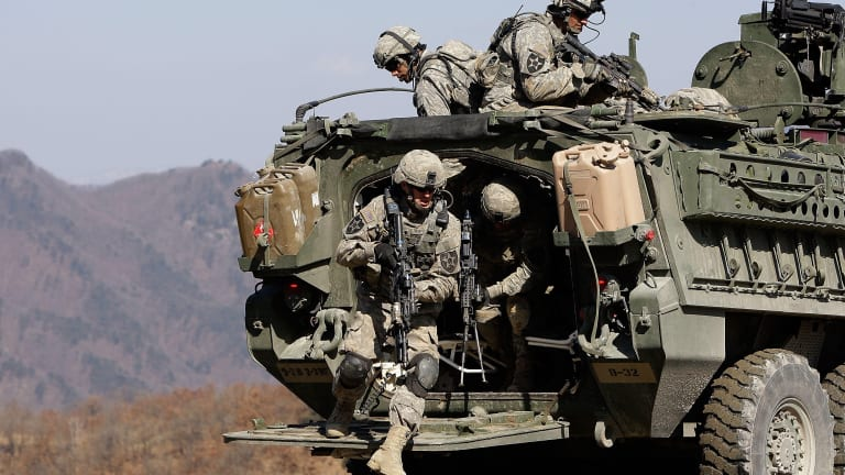 Culpa de Trump: Militares de EE.UU. no cobran por primera vez en la historia