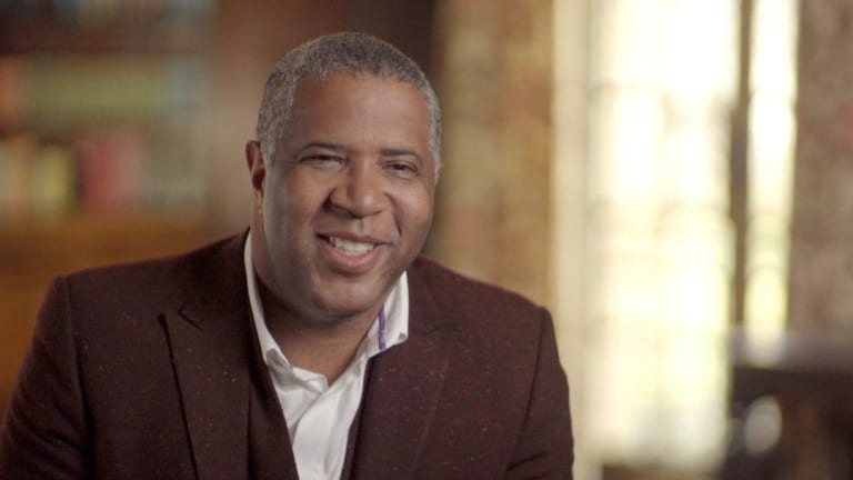 Billionaire Robert F. Smith to pay off student loans for 2019 Morehouse grads
