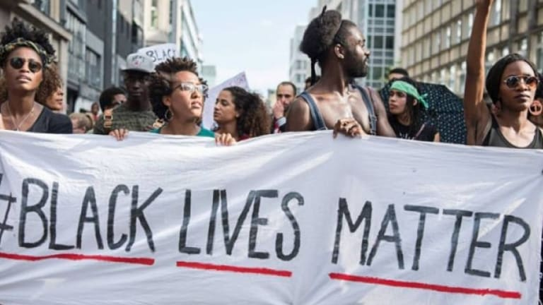 Police Crackdown on Black Protesters And Not Armed White 'Re-Open' Protesters