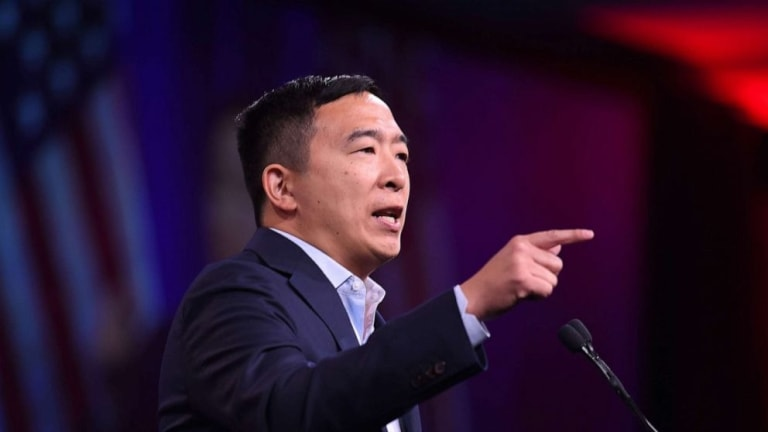 Andrew Yang's speaking fees, especially JPMorgan, raise campaign finance doubts
