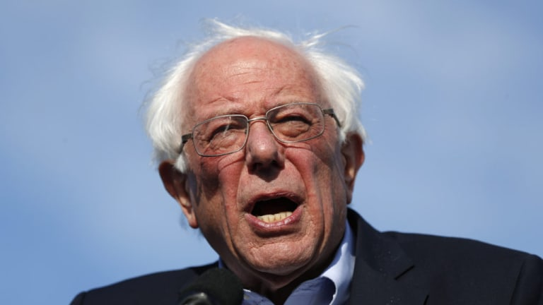 Media Taking Notice as Sanders Surges in New Polls