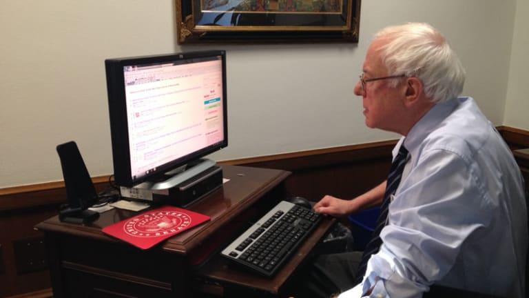 Bernie Sanders Digital Army is Winning the Internet