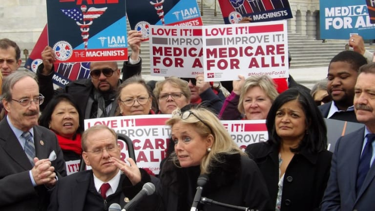 Insurance Stocks Tumble After Medicare For All Bill Introduced in Dem Congress