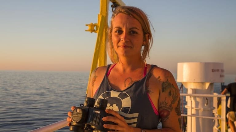 Hero Boat Captain, Pia Klemp, Rejects Medal, Calls for Revolution