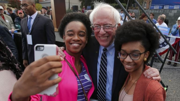 Don't Tell Cable News Pundits: Bernie Sanders Leads Nationally With Black Folk
