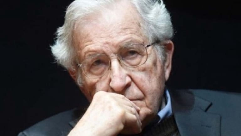 Chomsky: Why Americans Are So Smart On Sports/Showbiz But Politically Ignorant