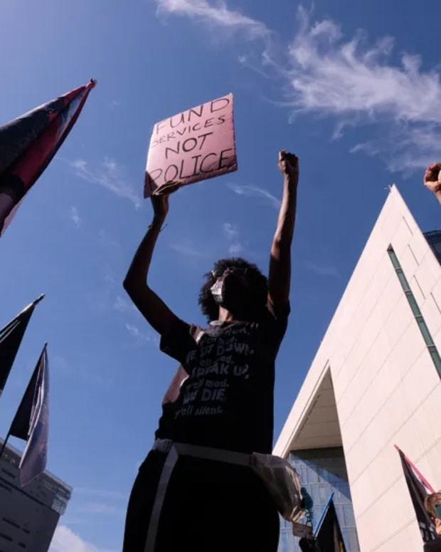 blm-protest-la-ap-img
